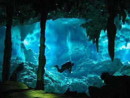 Cueva submarina de Schinaria