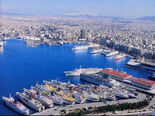 Cómo llegar del puerto del Pireo en Atenas a Creta en ferry